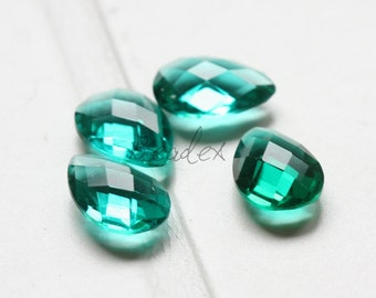 2 Pieces / Hand Cutted Teardrop / No Hole / Crystal Glass / Green 14.15x10.10mm (3005C-S-175)