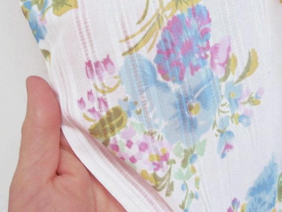 Vintage Double Bar Dimity Pastel Floral Fabric Remnant