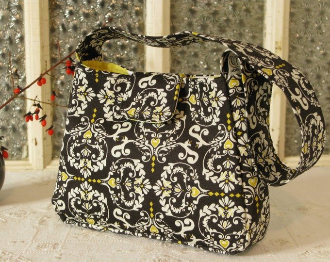 Small Purse in Black, White and Yellow Baroque