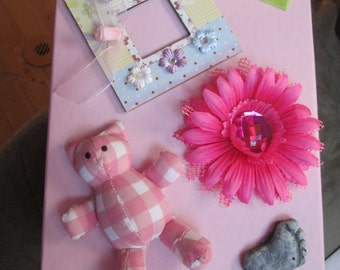 Unique baby shower, one of a kind baby girl, pink memory box for all the treasures of babyhood !