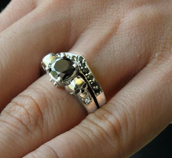 like this item - Skull Wedding Ring Sets