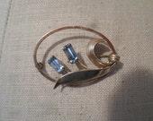 Vintage Van Dell Gold Tone 1/20 12kt Gold Filled Oval Light Blue Emerald Cut Rhinestones Pin/Brooch