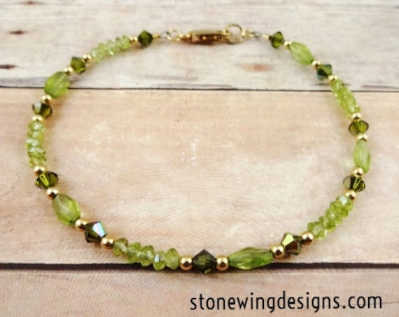 Peridot and Swarovski Bracelet - August Birthstone Jewelry, Birthstone Bracelet, Green Gemstone Jewelry