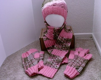 Coral Pink and Pink Camo Scarf/Hat/Glove/Mittens Set