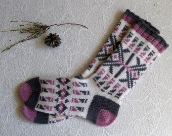 Pink grey white CUSTOM MADE Scandinavian pattern rustic fall autumn winter knit short wool socks present gift