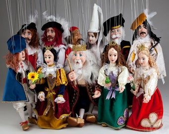 Royal Court Fairytale – The whole collection by Czech marionettes