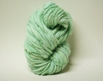 Yarn Handspun Wool Thick and Thin Slub  Hand Dyed tts(tm) Superfine Merino Bulky Mentha 04