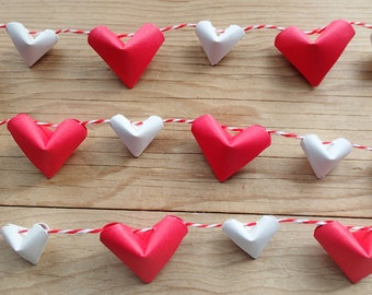 "Red Heart Mini Garland, Origami Hearts, 2'6"" long."