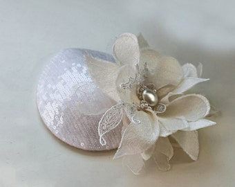 Sparkle Bridal Hat, Ivory Sequin, Wedding Coctail Party Pillbox Hat Silk Lace Tulle Flower, Bridal Fascinator, Pearl, Sinamay Base, Handmade