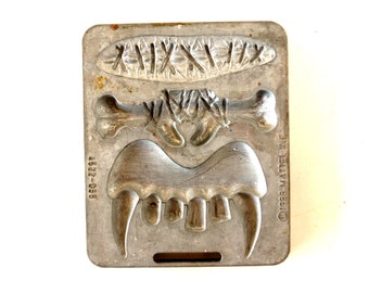 Vintage Fright Factory Fangs, Scar, Nosebone Mold for Mattel Thingmaker #4522-055 (c.1966) - Collectible, Halloween Mad Science Oddity