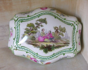 Porcelain - Jewelry - French vintage Porcelain jewelry box