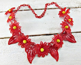 Vintage Celluloid Flower Necklace, Red Daisy Necklace, Plastic Filigree Flower Necklace, Statement Necklace, 1940s WWII Sweetheart Jewelry