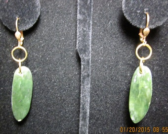 Earrings J Jade on gold lever backs 38ct