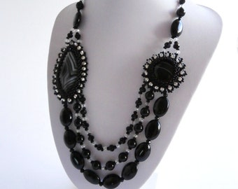 Black Statement Necklace, Black and Silver Necklace, Agate  Beadwork  Flower Necklace