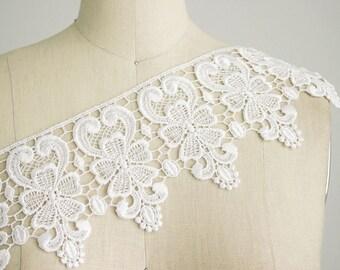 Beverly White Floral Venice Lace / Victorian Bridal Lace Trim / Wedding Dress Lace / Home Decor / Lace appliques / Craft Cabaret