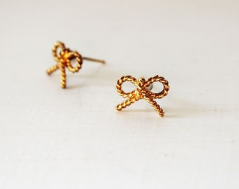 Gold bow earrings, Gold bow studs, Nautical rope bows, Cute bow earrings, Cute bow studs, Small bow earrings, Dainty bow earrings, Gold bows