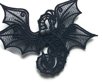 Fierce Lace Dragon with Double Articulated Wings
