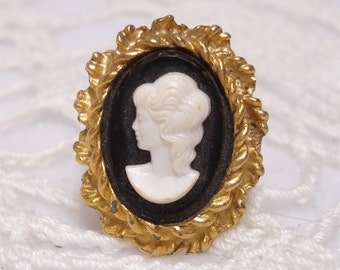 Adjustable Cameo Large Ring Costume Jewelry