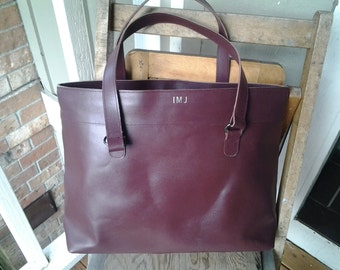 LILLIAN   ///   Large Maroon Leather Tote