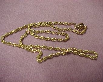 "Vintage 14K Yellow Gold Rope, Diamond Cut, 17"", 3 Gram, with 14K Gold Filled Magnet Clasp"