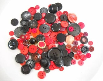 Lot of new and vintage buttons- lot v08