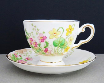 Adorable Tuscan fine English bone china Alpine flowers tea cup and saucer set - Pretty floral tea cup and saucer - Made in England