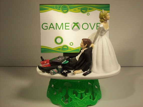 game over bride and groom xbox funny wedding cake by mikeg1968. Black Bedroom Furniture Sets. Home Design Ideas