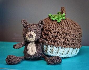 Knit Squirrel Stuffy Toy Crochet Acorn Hat Beanie Set