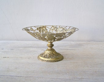 Midcentury Footed Fruit Bowl, Art Nouveau Filigree Bowl, Victorian Tableware Wedding Table, Country Home Decor, Vintage Decorating Ideas