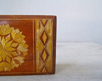 Folk art Wood Box, Inlaid Stripes Geometric Box, Rustic Keepsake Photo Jewelry Collectible Vanity Desk Table Wooden Decor and Storage Shabby