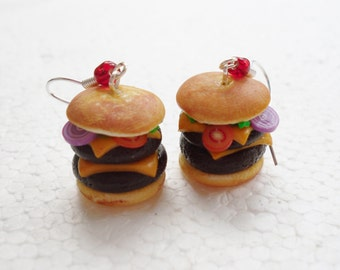 Cheeseburger Earrings . Polymer clay.