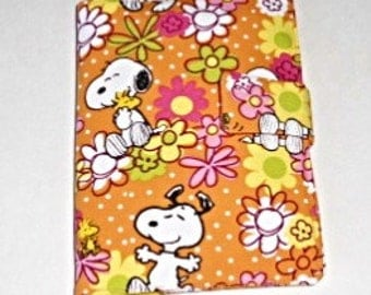 Snoopy Doodle Wallet/Crayon Wallet  - Great stocking stuffer, Christmas, birthday, party favor and more!