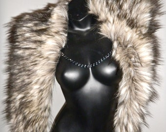 Game of Thrones- Fake fur shrug - Labyrinth of Jareth- Festival Faux Fur Cape with stylish chain closure
