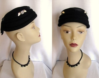 Vintage 1950s hat Jonquil Originals Black Wool hat w/ Rhinestones and Satin Ribbon