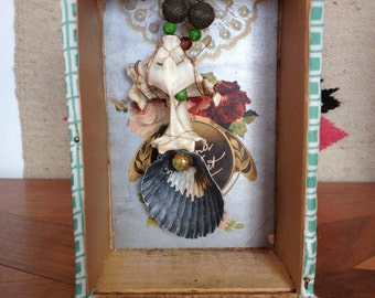 Shadow Box Squinter