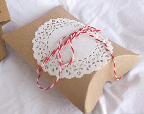 Shabby Chic Pillow Boxes : 10 BRoWN KRaFT PiLLoW BoXeS--party favors, weddings, shabby chic wedding, gifts- from ...