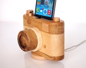 Unique Gift - iPhone 5 / 6 / 7 docking station, iPod touch compatible - wooden photo camera - photo gear - handmade