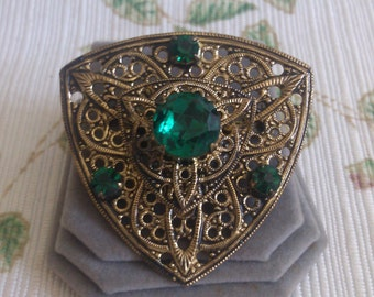 Lace Metal Brooch with Emerald Rhinestones