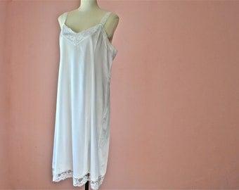 White 1980's Deena Full Slip Dress with Lace Straps  Modern Plus Size 38 40 Large XL VL350