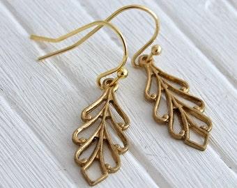 Brass Leaf Earrings .. leaf earrings, brass earrings, simple earrings, small earrings, everyday jewellery