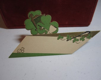 1920's-30's unused die cut gold gilded Gibson St. Patrick's Day place card green clovers with angle shaped harp, pipe graphics