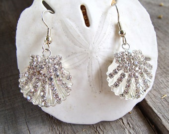 White Sparkly Rhinestone Studded Clamshell Charm Dangle Earrings