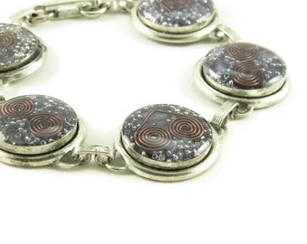 Orgone Energy Circle Link Bracelet in Antiqued Silver with Purple Amethyst Gemstone - Artisan Jewelry - Orgone Energy Jewelry