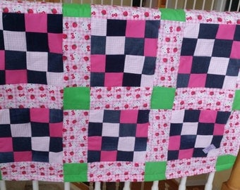 Hello Kitty Toddler Quilt