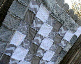 Classic Gray & White  Rag Quilt/Blanket! (CHEVRON/QUATREFOIL) Perfect baby shower/birthday gift, would be perfect nursery crib bedding/quilt