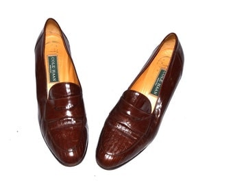 Vintage  Women  designer Cole Haan  leather  brown low heels shoes  penny Loafers   size 9 1/2 B Hand Made in Italy
