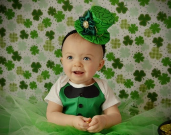 St. Patricks Day Mini Hat - Mini Hat for Photo Prop - Mini Top Hat - St Paddy's Day Prop