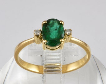 Vintage 14kt Gold Emerald and Diamond Ring - Ladies size 7.75 - C1980 - Emerald Engagement Ring - Green Gemstone Emerald Multistone Ring