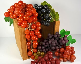 Grapes....Vintage Lot of 6 Bunches.....Floral Arranging....Wreath Making