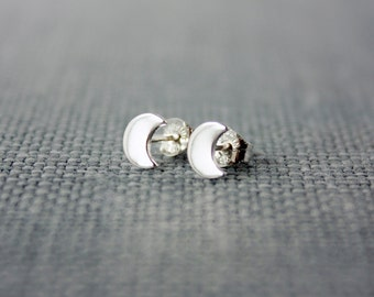 Crescent Moon Sterling silver Earrings, Moon earrings, crescent earrings, crescent moon stud earrings, tiny earrings, goddess jewelry, RTS
